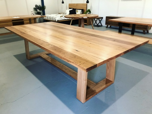 wormy_chestnut_table